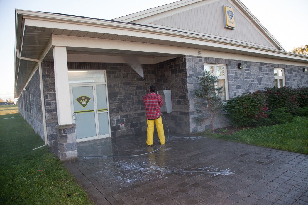 power washing,power wash,ottawa,ottawa valley,pressure washing, cleaning services,pressure wash services,top gun wash